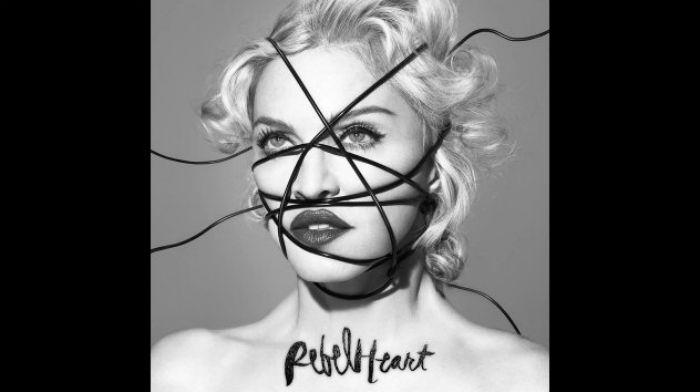 "Nennt sich selbst ""Bitch"", Madonna 2015 © Screenshot youtube/Madonna"
