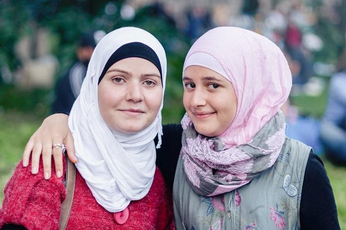 Auch ein Willkommensfest kann Flüchtlingshilfe sein