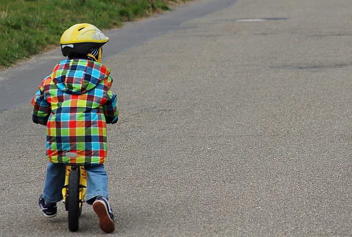 Eltern-Kur mit Laufrad