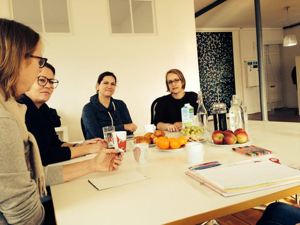 Kollegiales Coaching: Danach sind wir schlauer (li im Bild: Esther) (c) Verena Carl