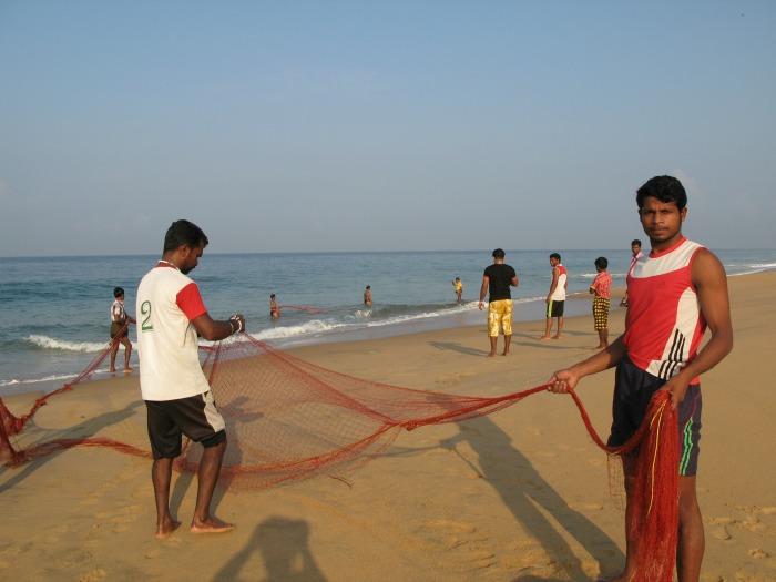 Ein (gerade mal) friedliches Meer und freundliche Fischer ©estherlangmaack