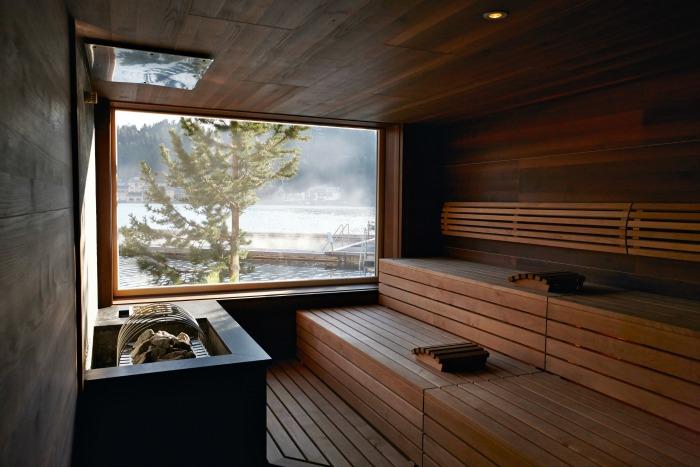 Wellnesshotel in Oesterreich Hotel Hochschober_Wellness_See-Sauna 40-something.de