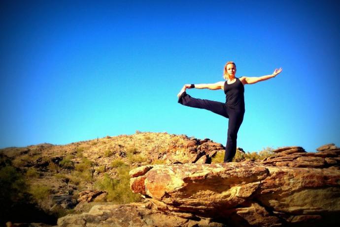 yoga balance 40-something.de @pixabay