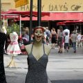 Viel zu Lachen: Modetipps für Frauen über 40