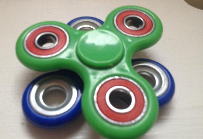 Trendspielzeug Fidget Spinner -der neueste Trend im Kinderzimmer