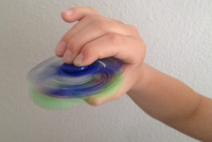 Trendspielzeug Fidget Spinner - cool oder langweilig?