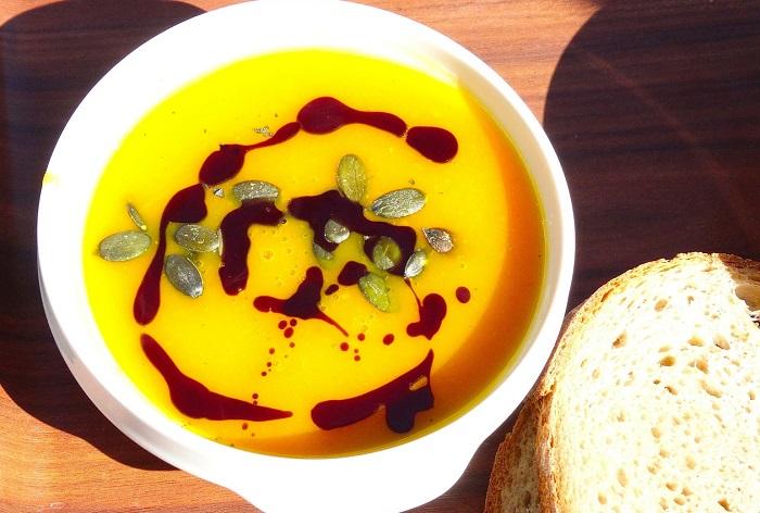 Gut gegen Herbstblues: Kürbissuppe